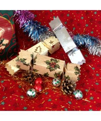 Cracker Christmas.Christmas Crackers