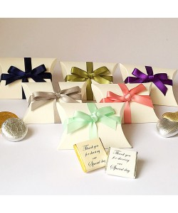 Pillow Bow Favour Boxes